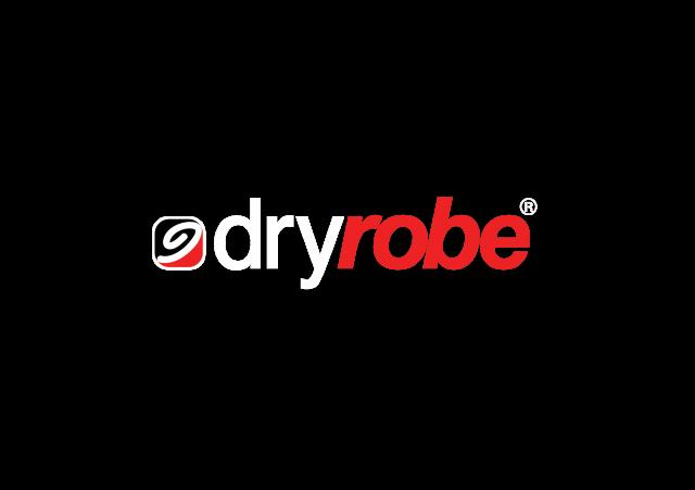 Dryrobe logo
